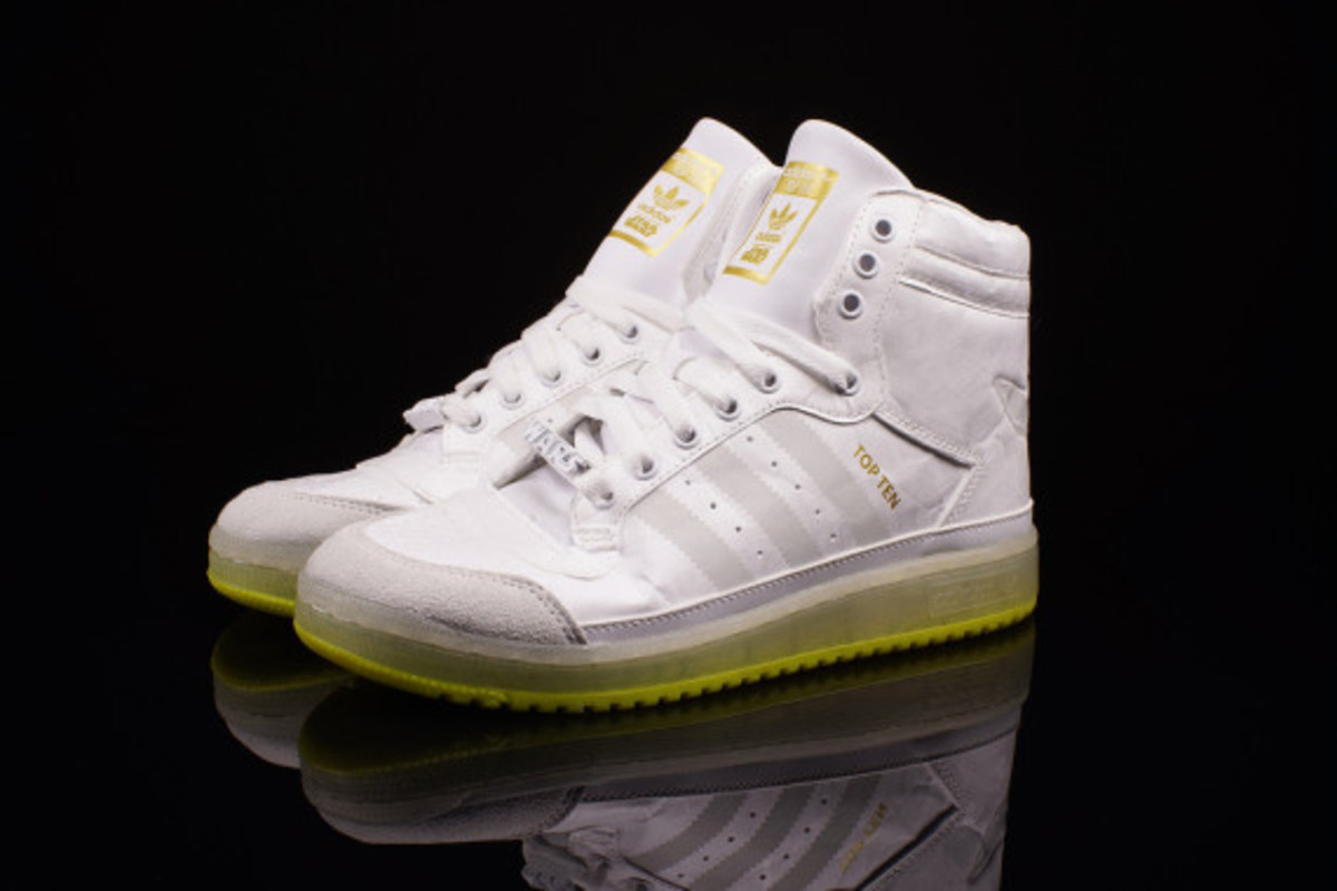 "Star Wars x adidas Originals Top Ten Hi Kids - ""Yoda"" Glow-in-the-Dark - 5"