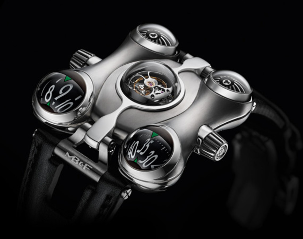 mb&f-hm6-space-pirate-watch-01