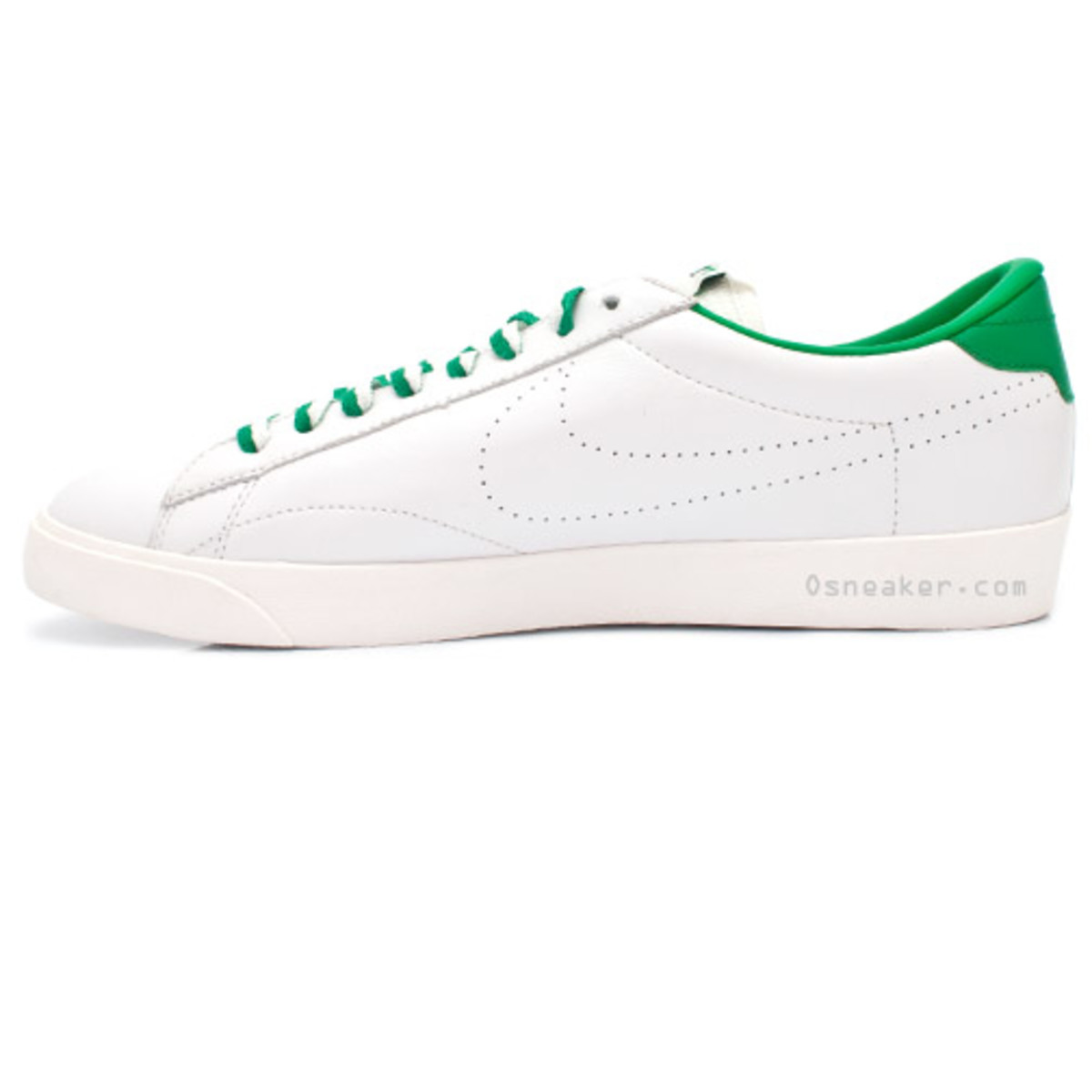nike-tennis-classic-ac-nd-white-lucky-green-3