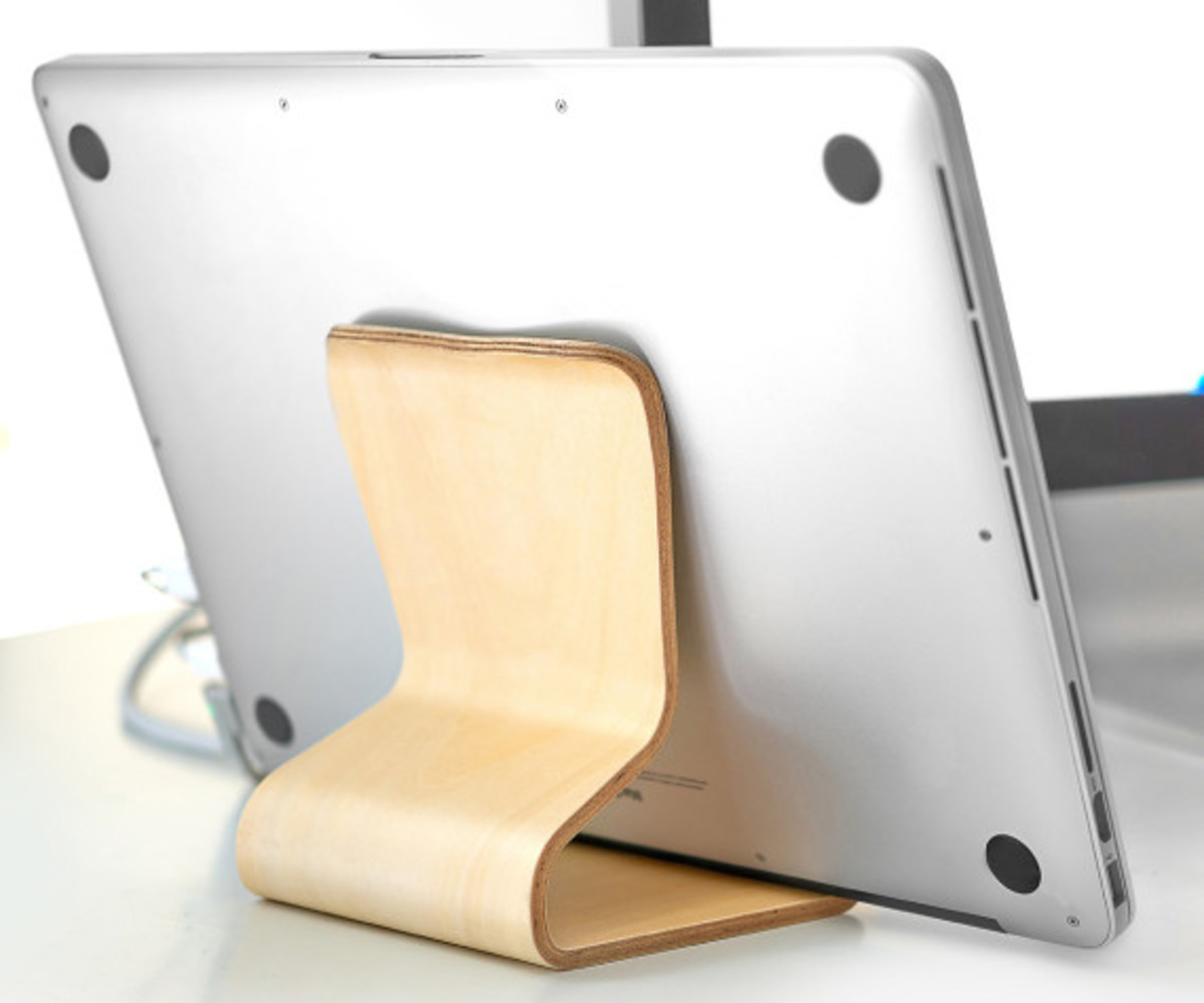 MOKU - Desktop Chair v2 Wooden Stand for iOS Devices - 3