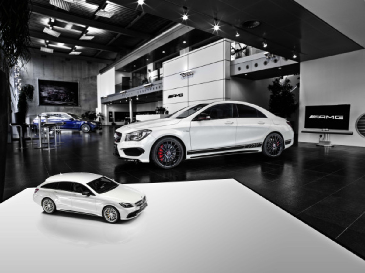 "Mercedes AMG - Limited Edition ""White Series"" Scale Model Cars - 7"