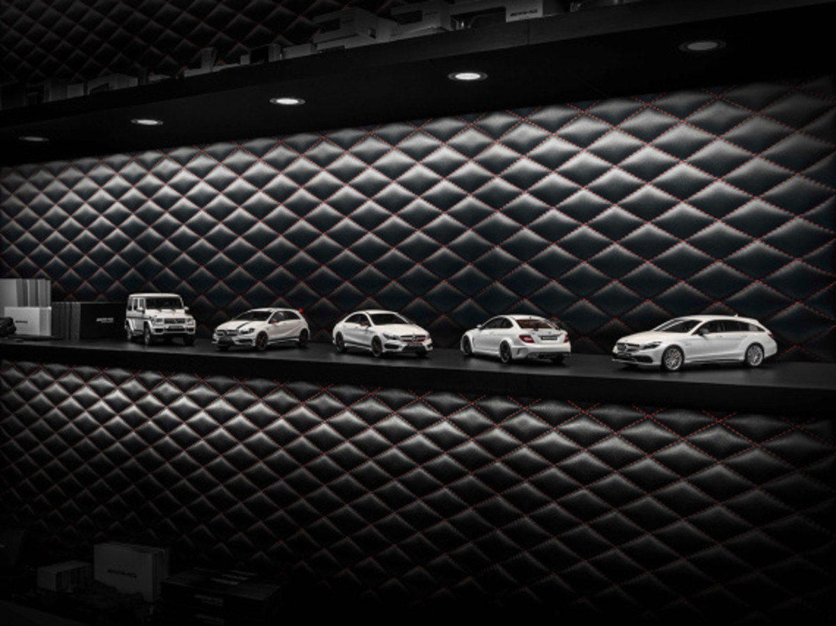 "Mercedes AMG - Limited Edition ""White Series"" Scale Model Cars - 2"