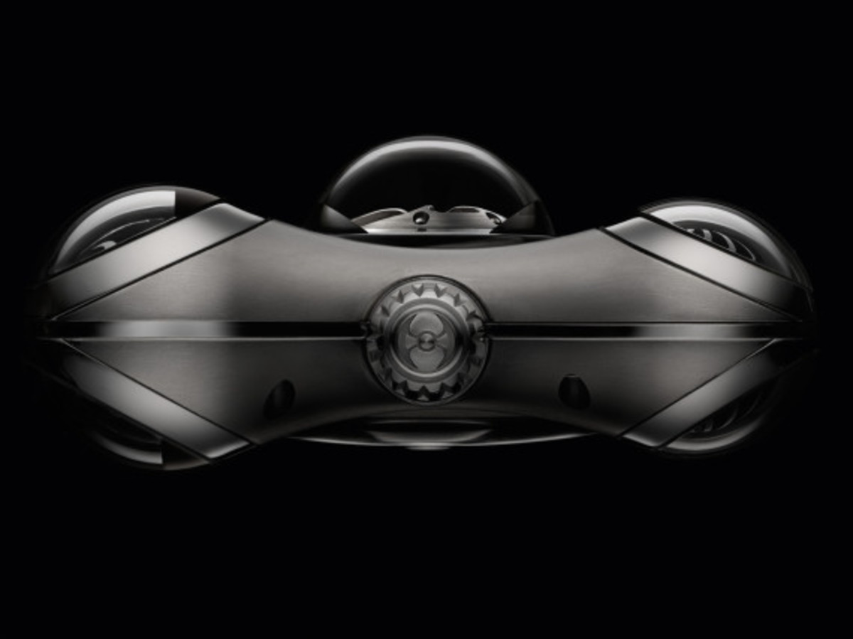 mb&f-hm6-space-pirate-watch-05