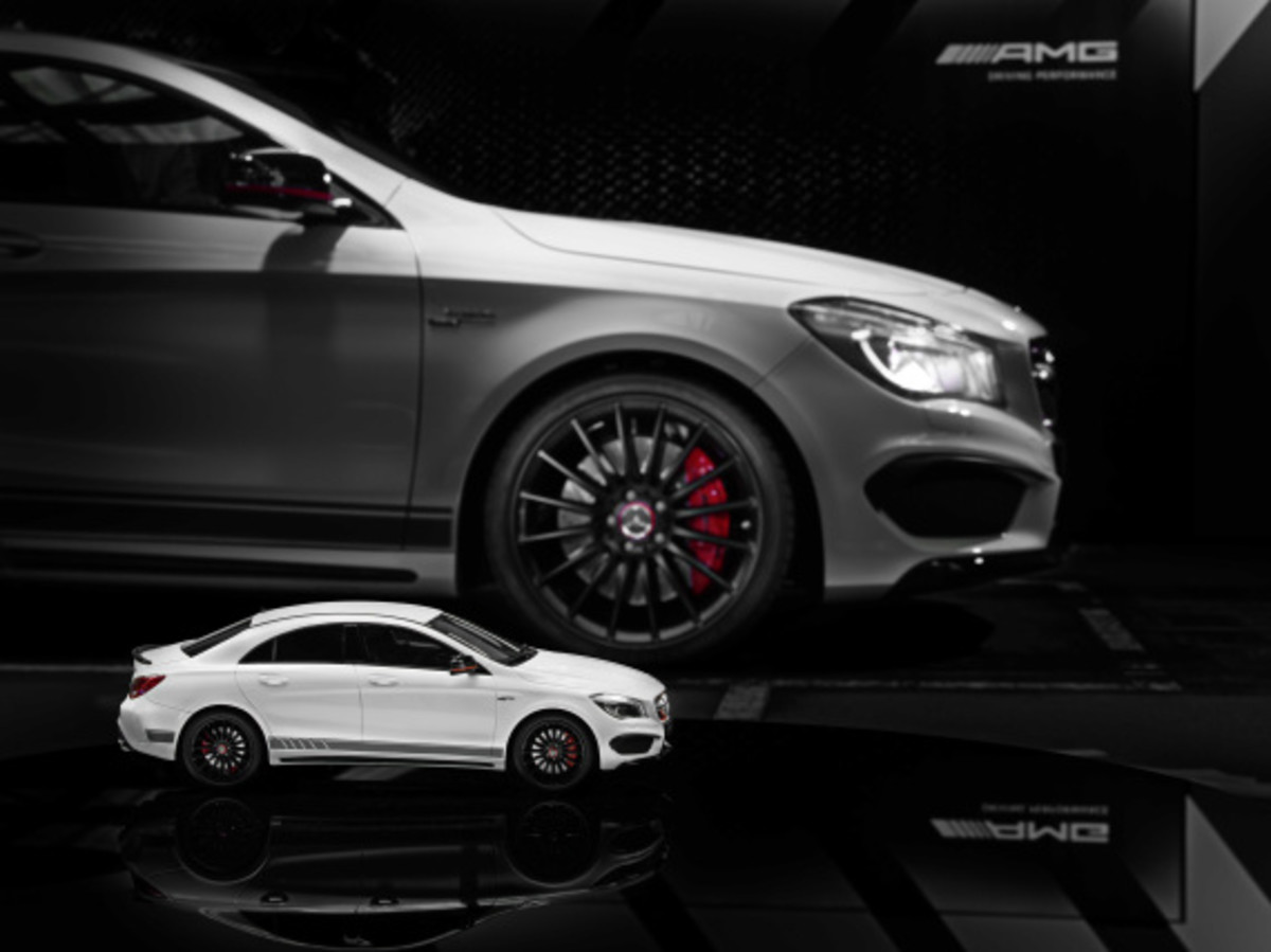 "Mercedes AMG - Limited Edition ""White Series"" Scale Model Cars - 18"