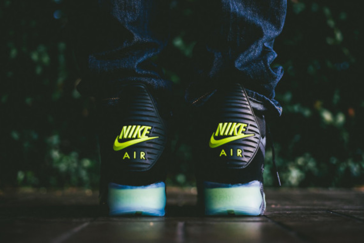 Nike Air Max 90 ICE Sneakerboot - Black/Photo Blue | Available Now - 2