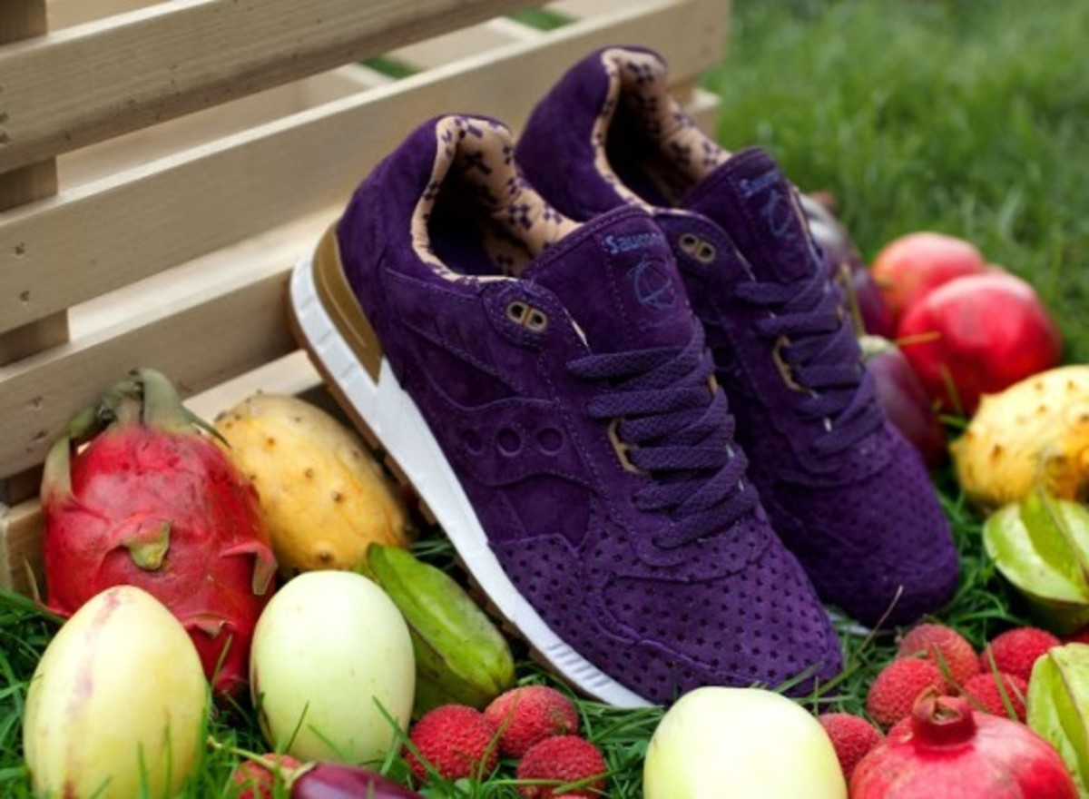 """Play Cloths x Saucony Shadow 5000 """"Strange Fruit"""" Pack - 8"""
