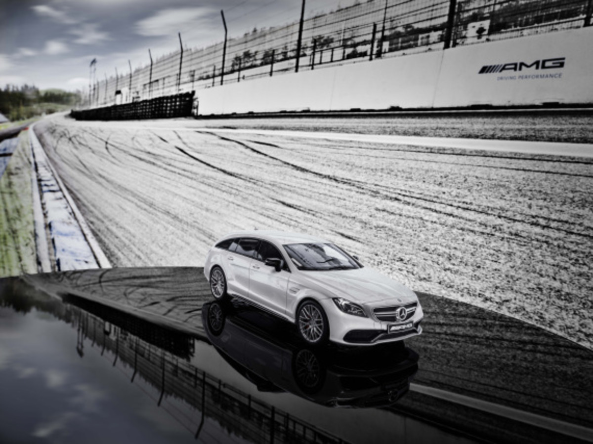 "Mercedes AMG - Limited Edition ""White Series"" Scale Model Cars - 8"