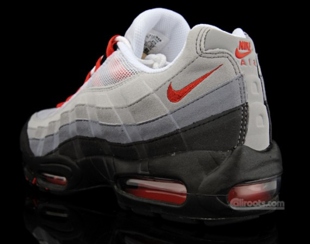 nike-air-max-95-am95-sport-red-609048-165-03