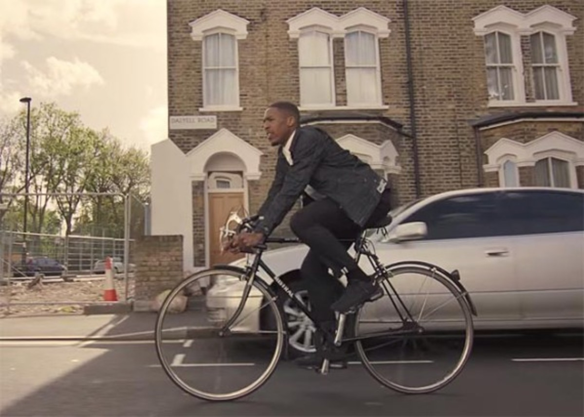 levis-commuter-the-ride-featuring-james-massiah