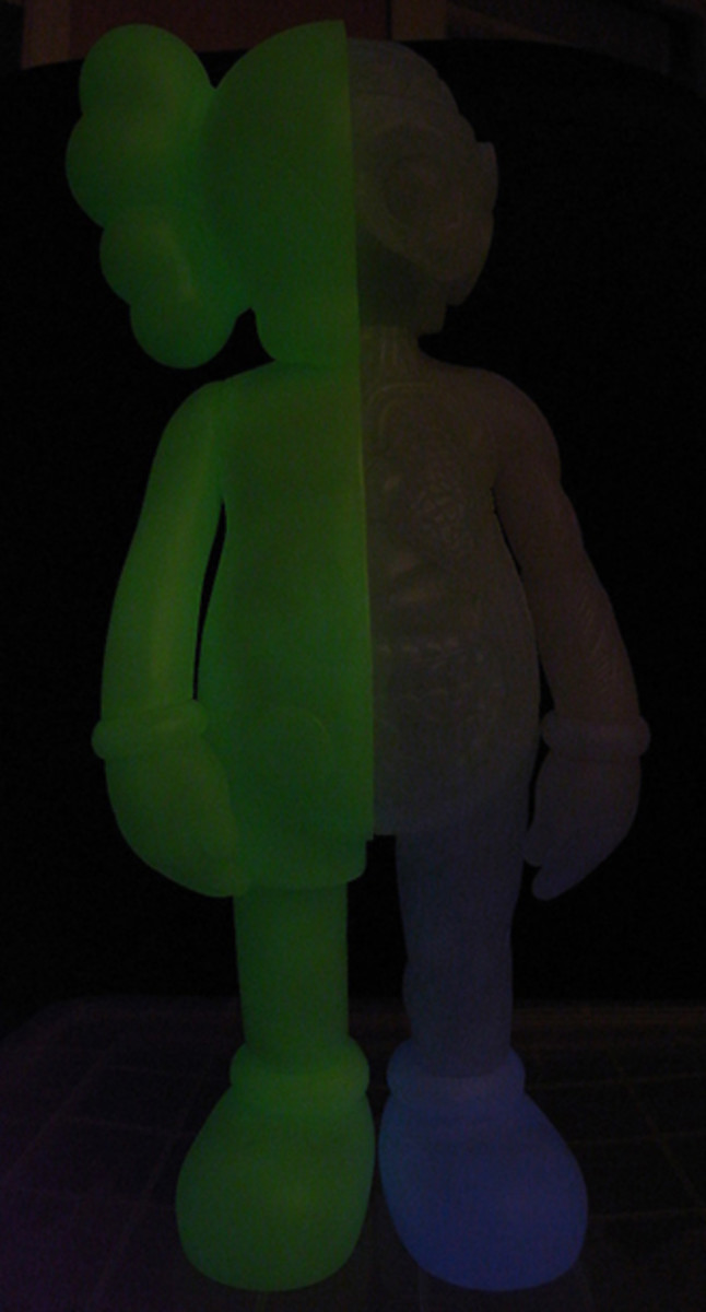 original-fake-kaws-dissected-companion-glow-in-dark-02