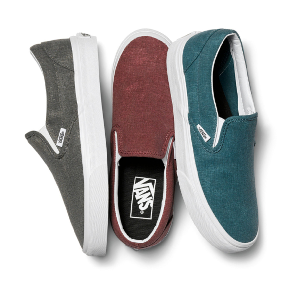 vans-womens-classic-slip-ons-holiday-2014-09