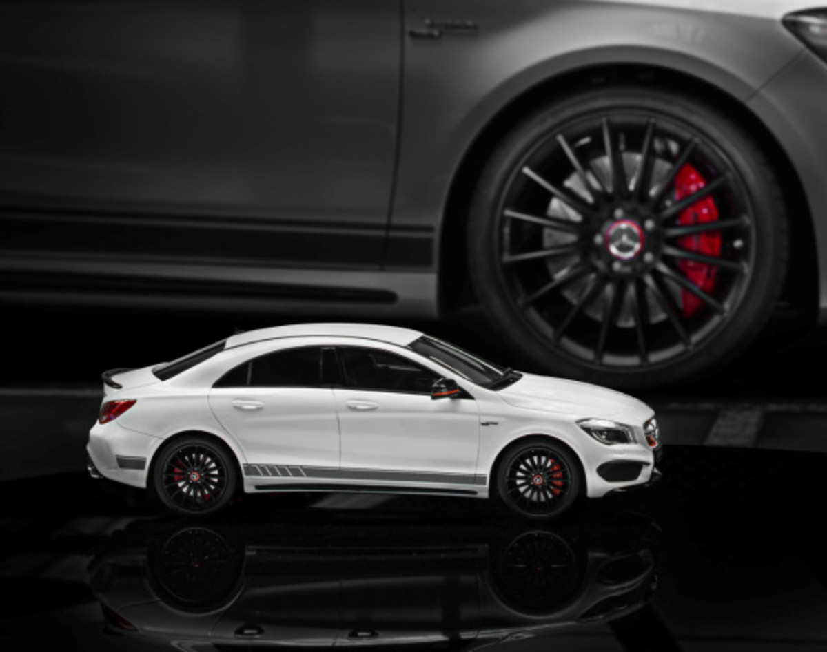 "Mercedes AMG - Limited Edition ""White Series"" Scale Model Cars - 0"