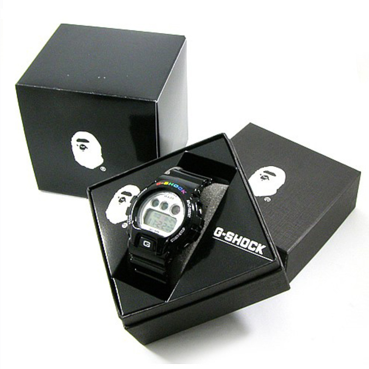 bape-casio-gshock-dw6900-watch-05