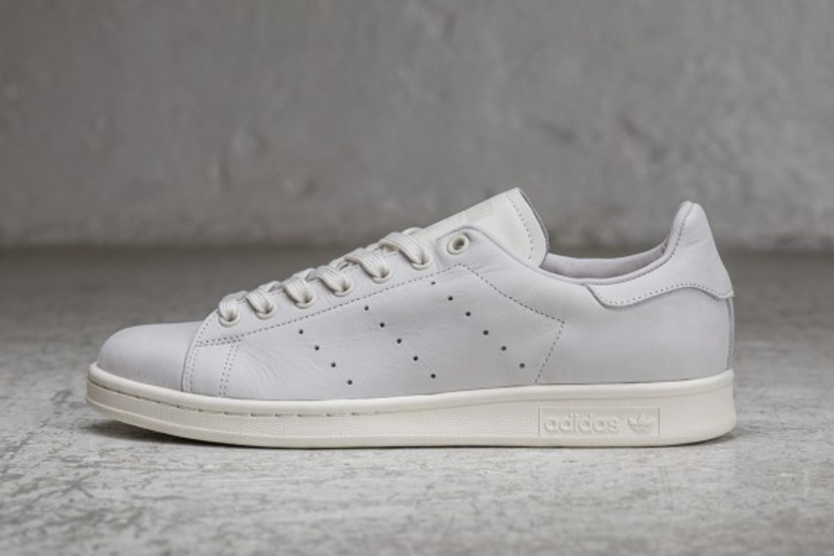 sneakersnstuff-adidas-originals-shades-of-white-pack-01