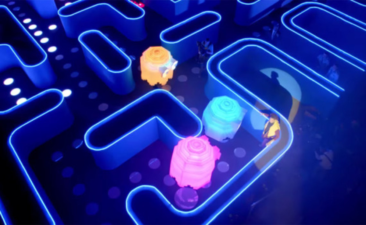 bud-light-pac-man-super-bowl-commercial-01