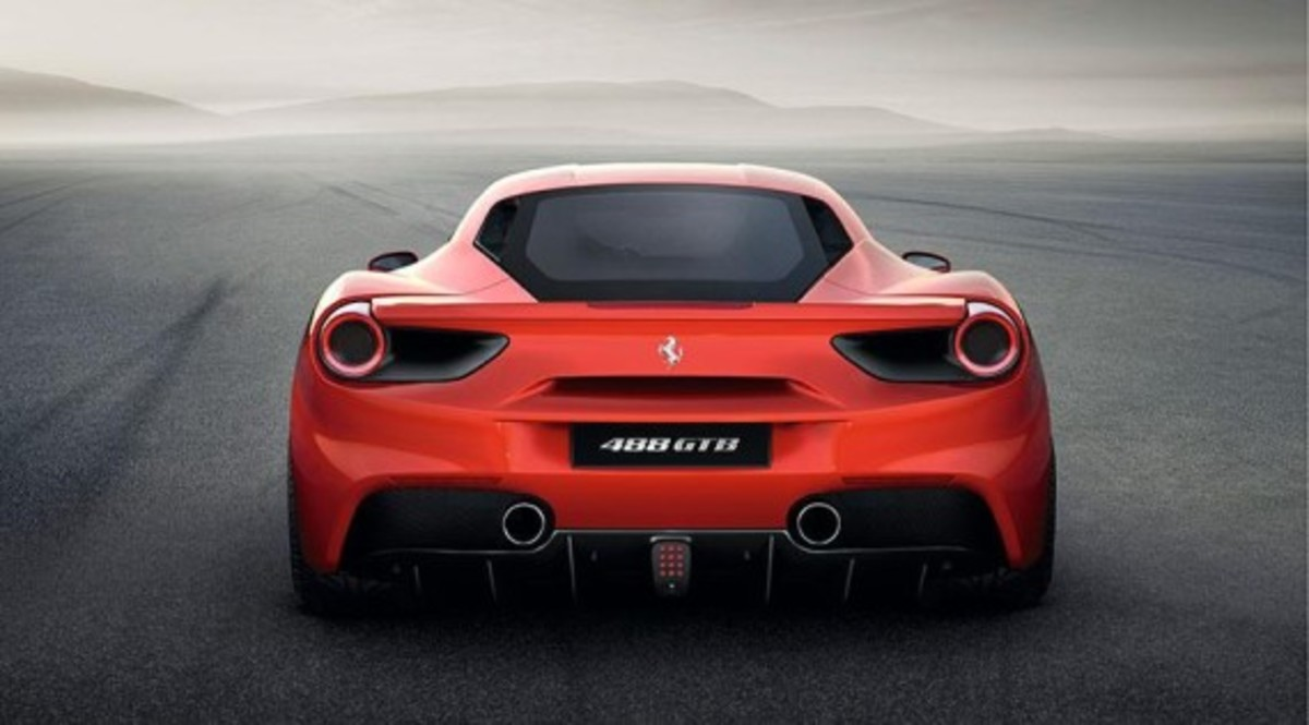 Ferrari 488 GTB Unveiled with Twin-turbo V8 - 8