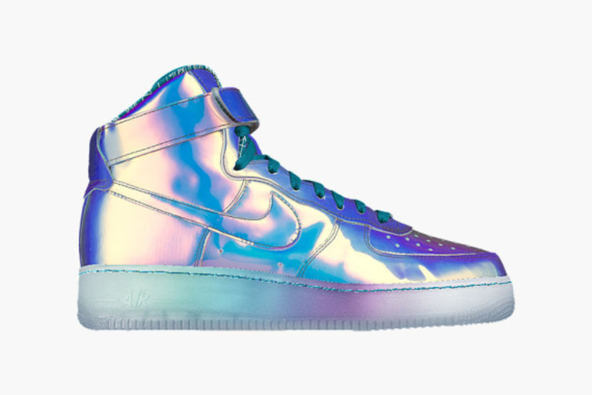 nike-id-air-force-1-iridescent-02