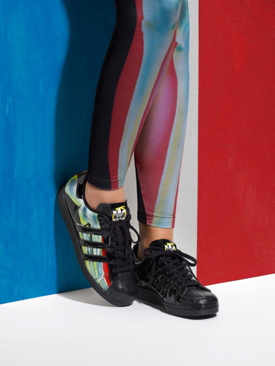 adidas-originals-rita-ora-spring-summer-2015-o-ray-pack-lookbook-04