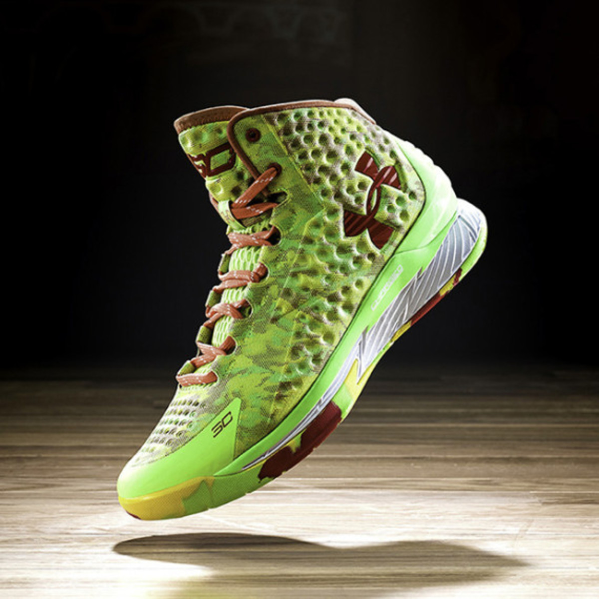under-armour-curry-one-charged-by-belief-05