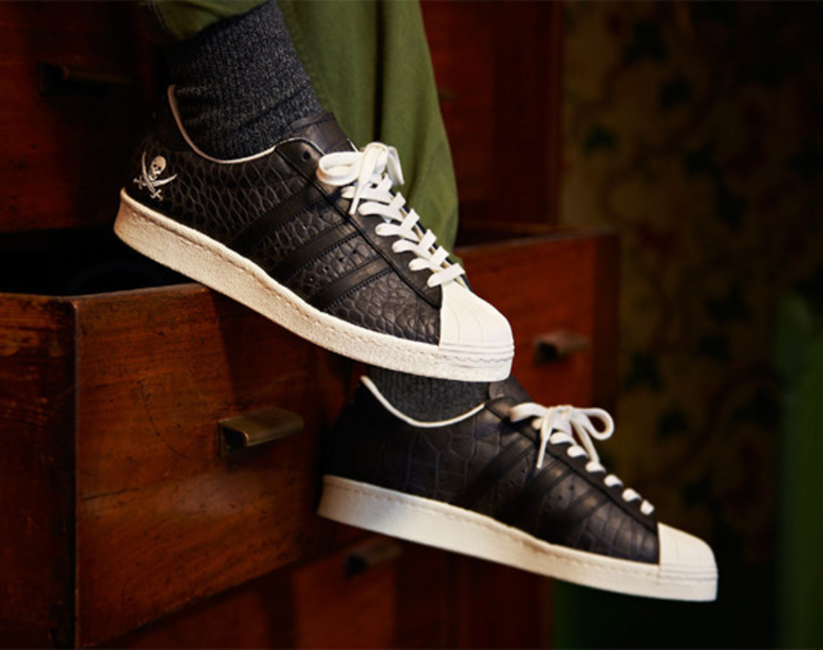 adidas-consortium-superstar-collaborations-with-union-and-neighborhood-01