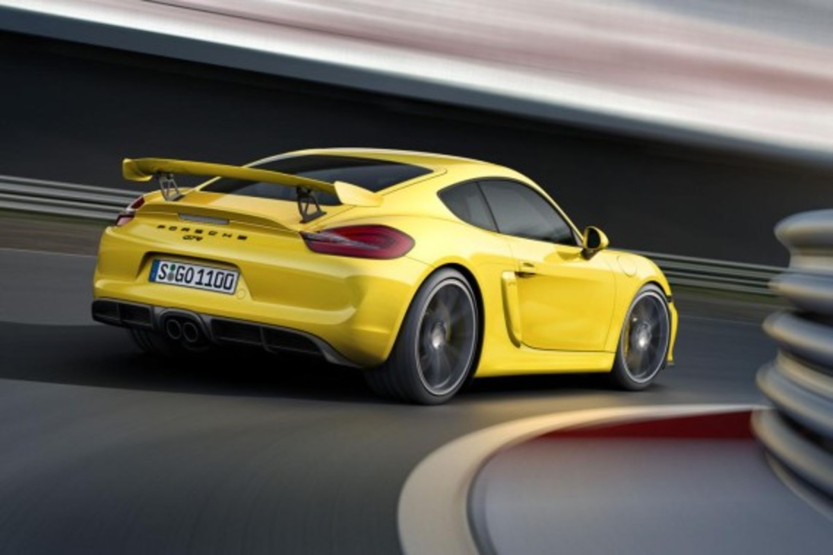Porsche Cayman GT4 Unveiled with 385-HP - 2