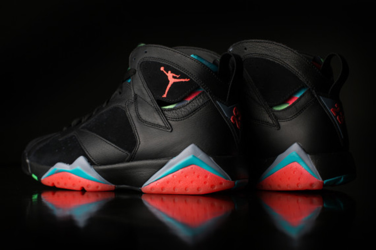 air-jordan-7-retro-30th-anniversary-release-reminder-02