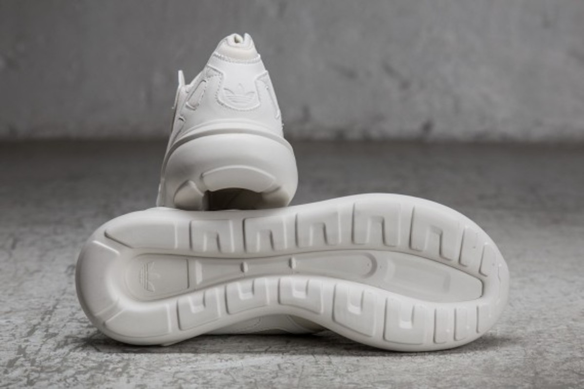 sneakersnstuff-adidas-originals-shades-of-white-pack-18