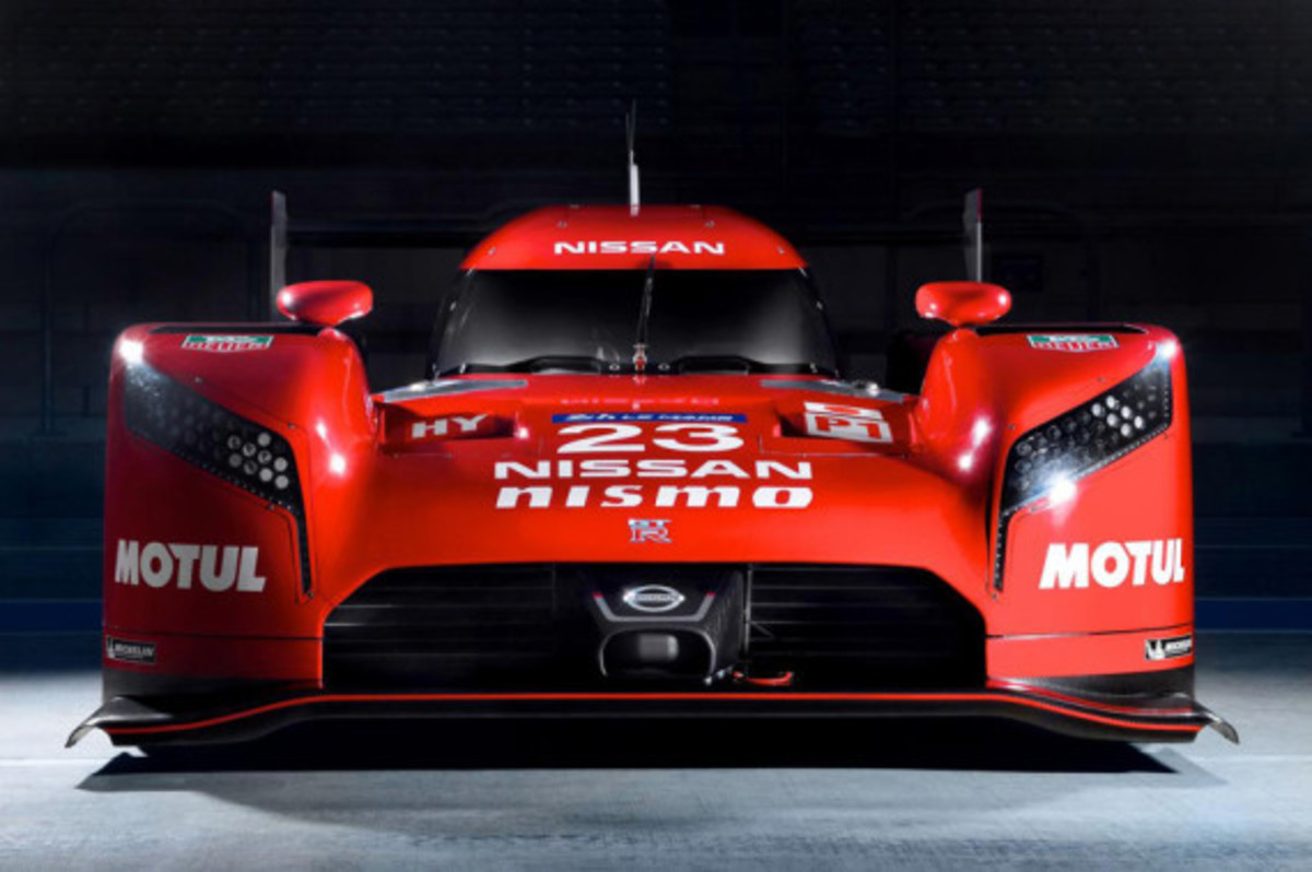 nissan-gt-r-lm-nismo-unveiled-02