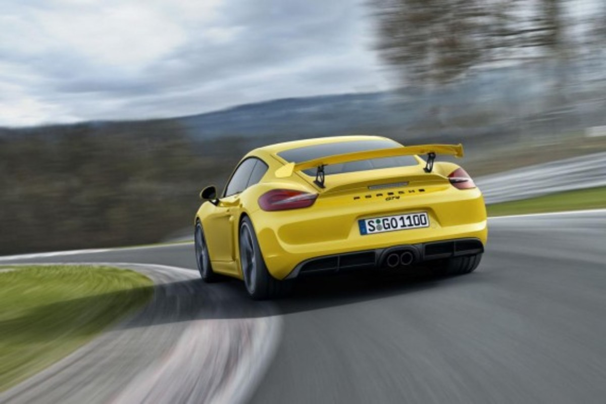 Porsche Cayman GT4 Unveiled with 385-HP - 3