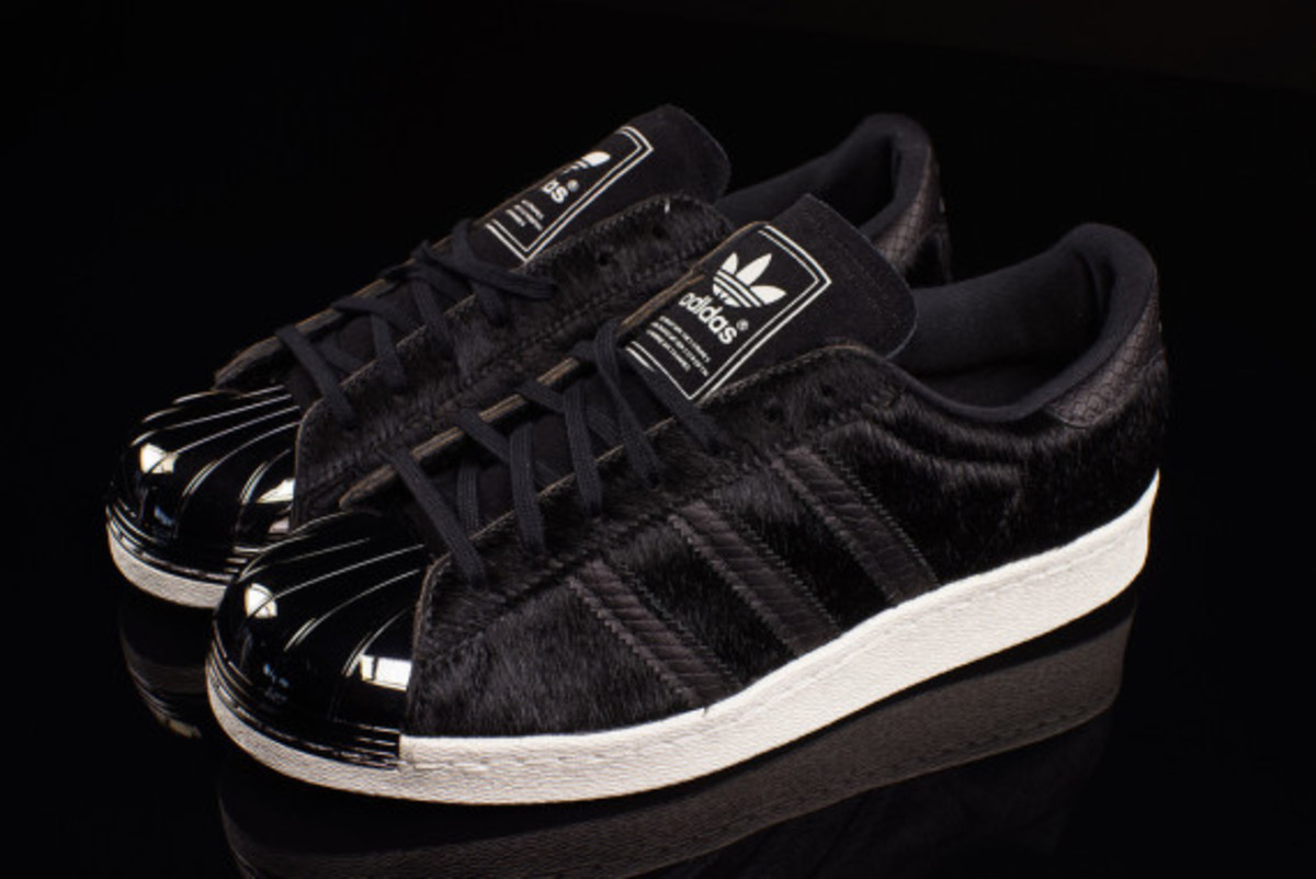 adidas-originals-80s-superstar-metal-toe-pony-hair-02
