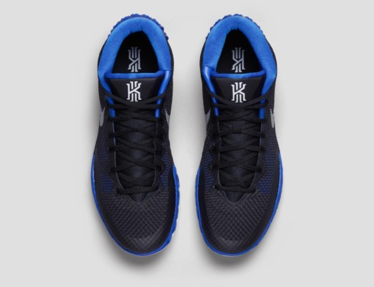 nike-kyrie-1-brotherhood-03