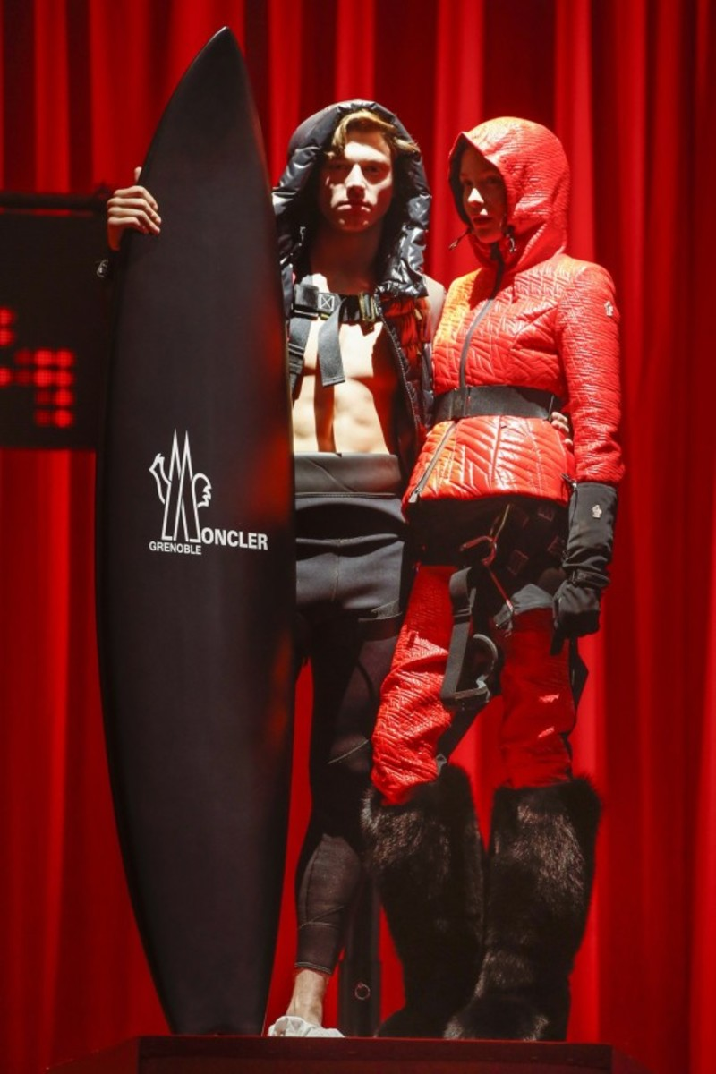 moncler-grenoble-fall-winter-2015-runway-show-18