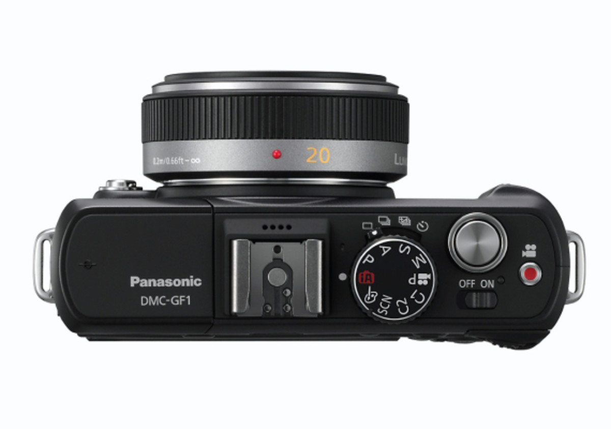 panasonic-lumix-dmc-gf1-20mm-black-top1