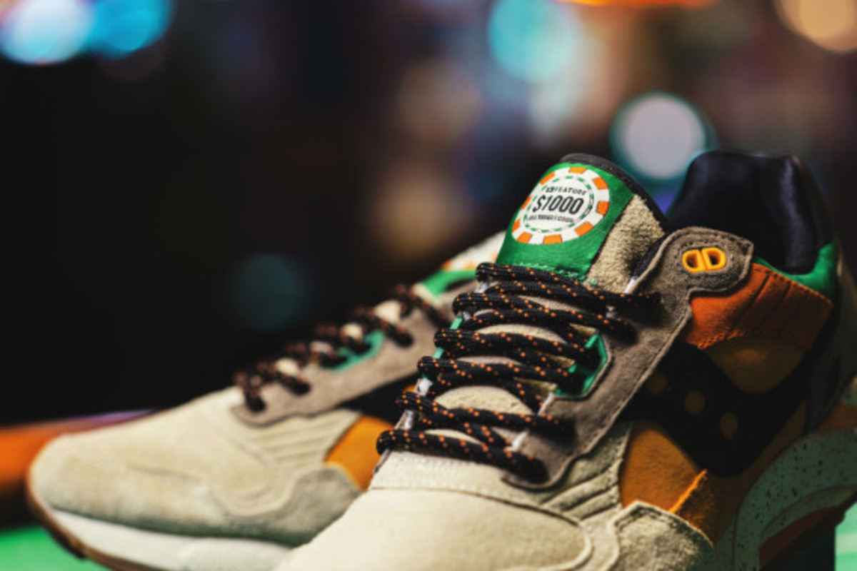 feature-saucony-g9-shadow-5-the-pumpkin-02