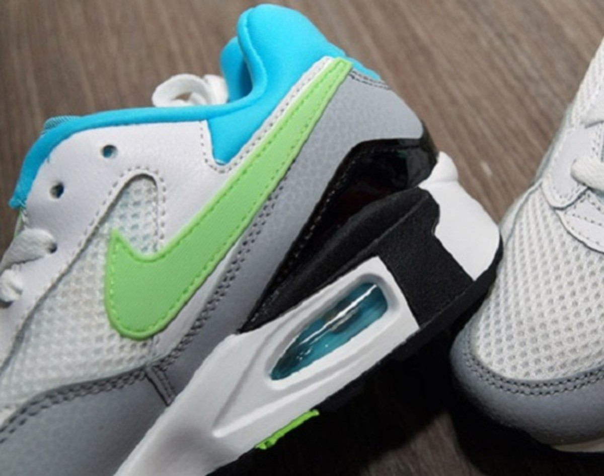 Nike Air Max ST - White/Clearwater/Flash Lime/Wolf Grey - 0