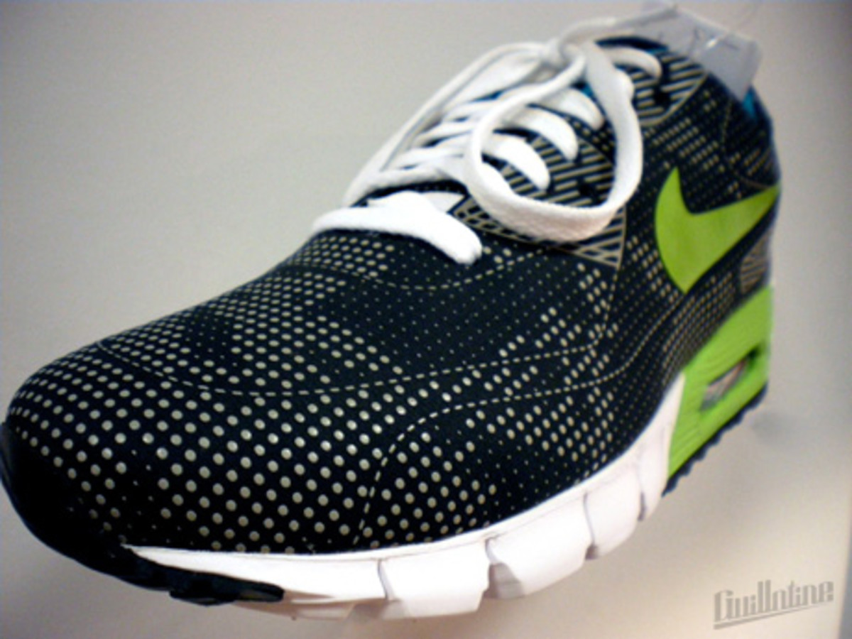 nike_airmax90_currentmoire_green_3