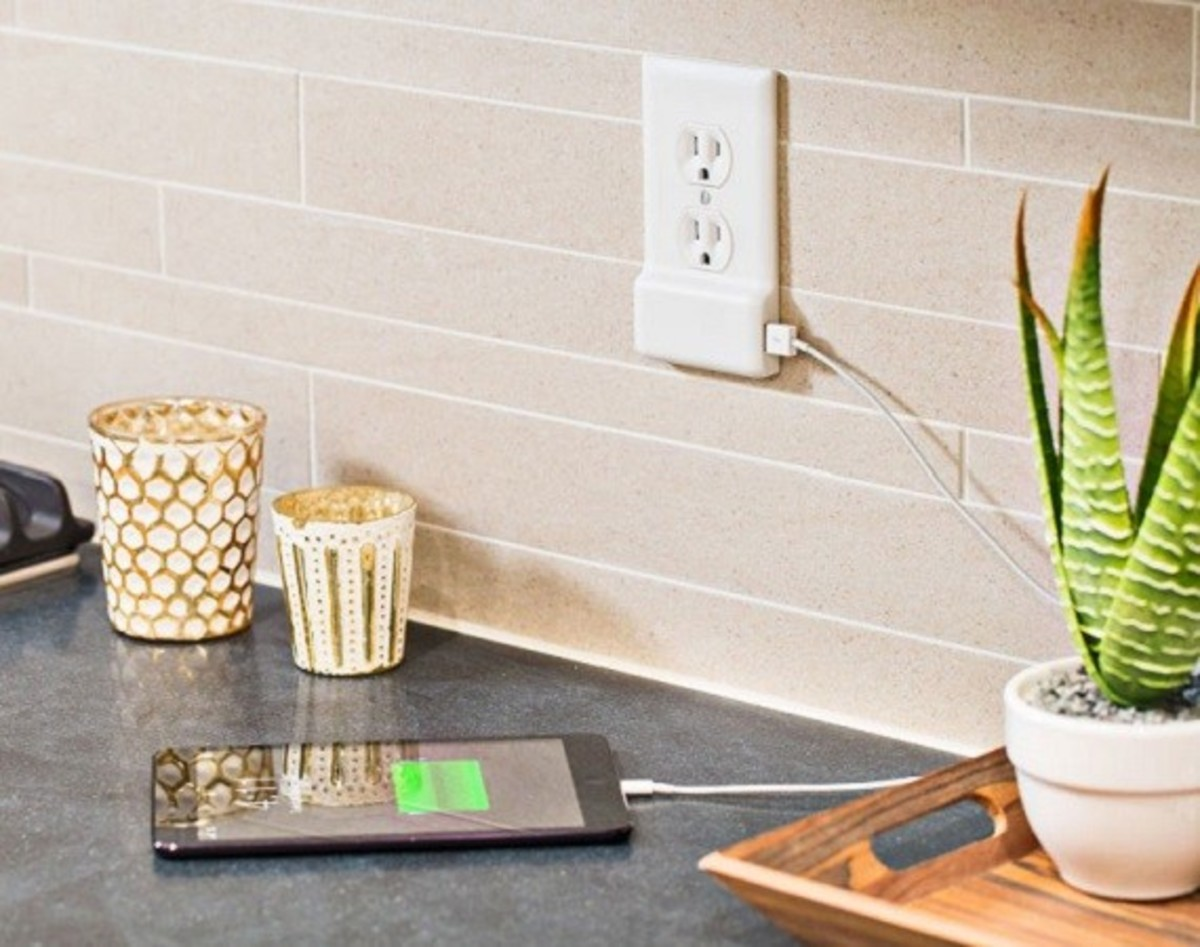 SnapPower -  One Screw Turns Any Outlet into a USB Port - 0