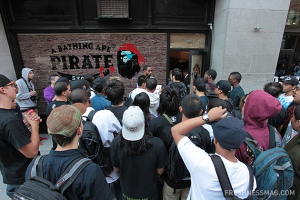 bape-pirate-store-nyc-opening-16
