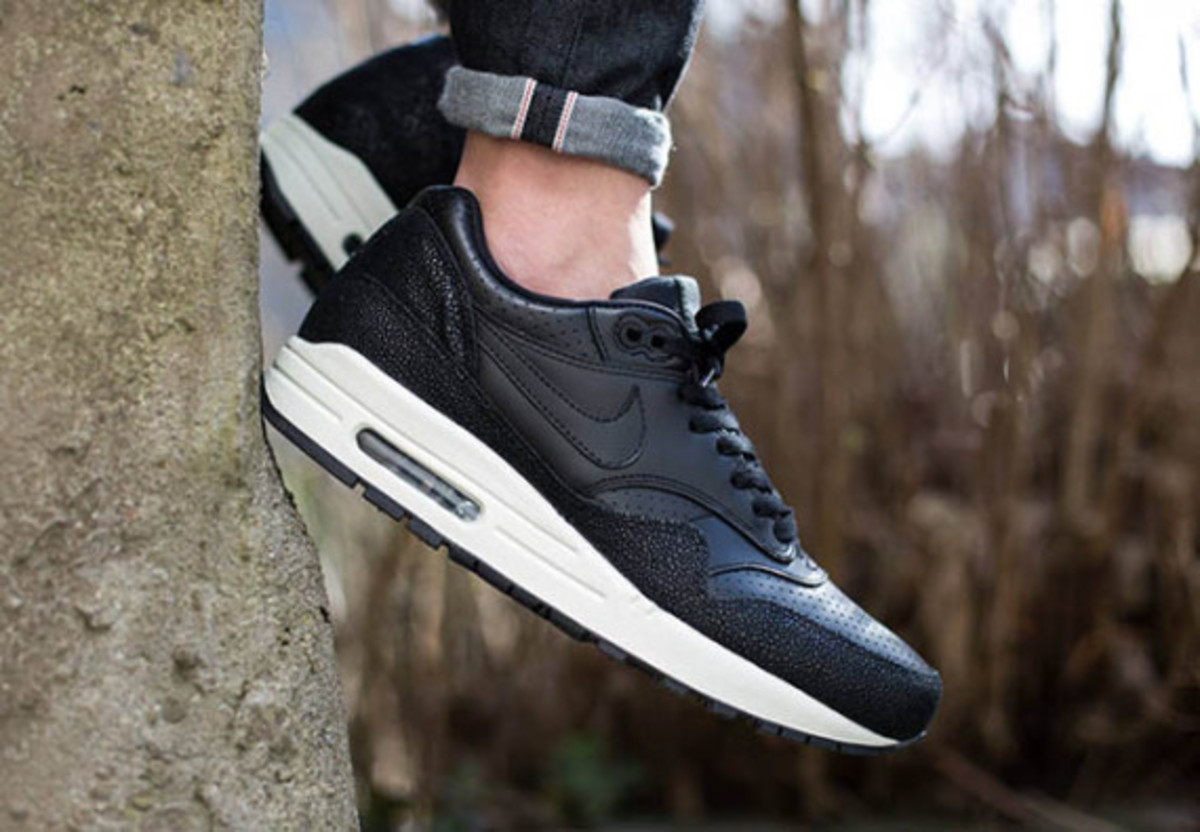 """Nike Air Max 1 Leather """"Caviar"""" - Now Available - 1"""