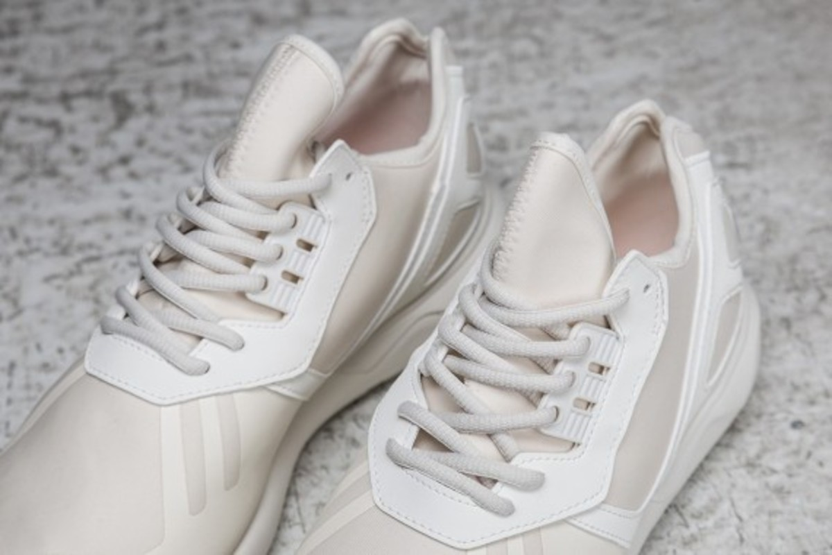 sneakersnstuff-adidas-originals-shades-of-white-pack-17