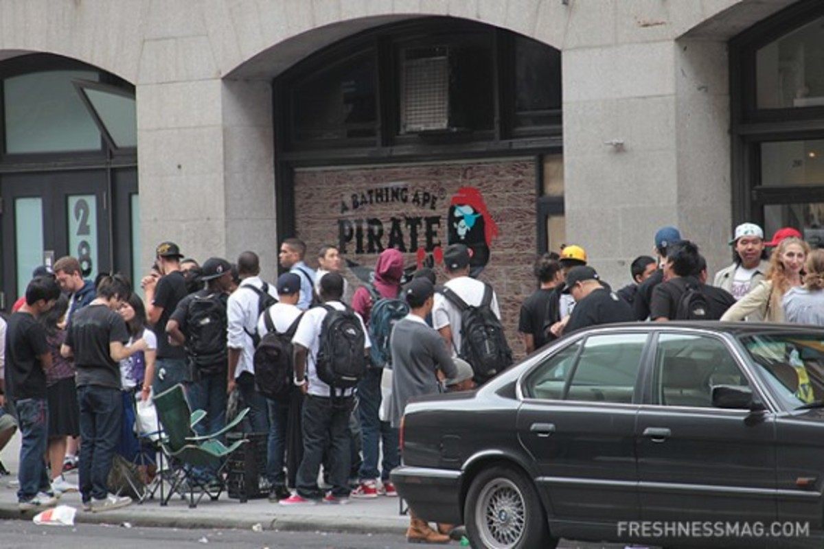 bape-pirate-store-nyc-opening-03