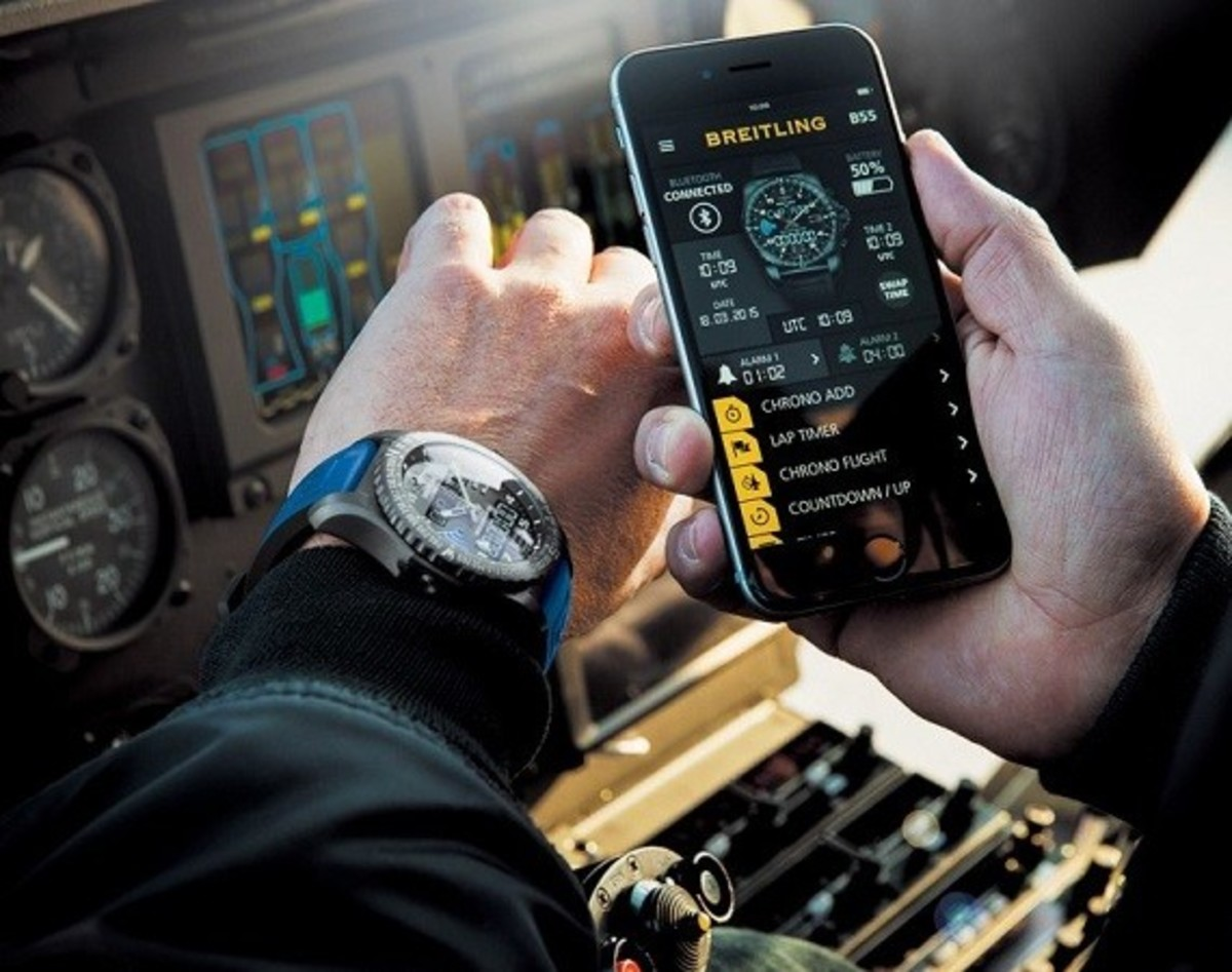 Breitling B55 Connected Watch Pairs with your Phone - 0