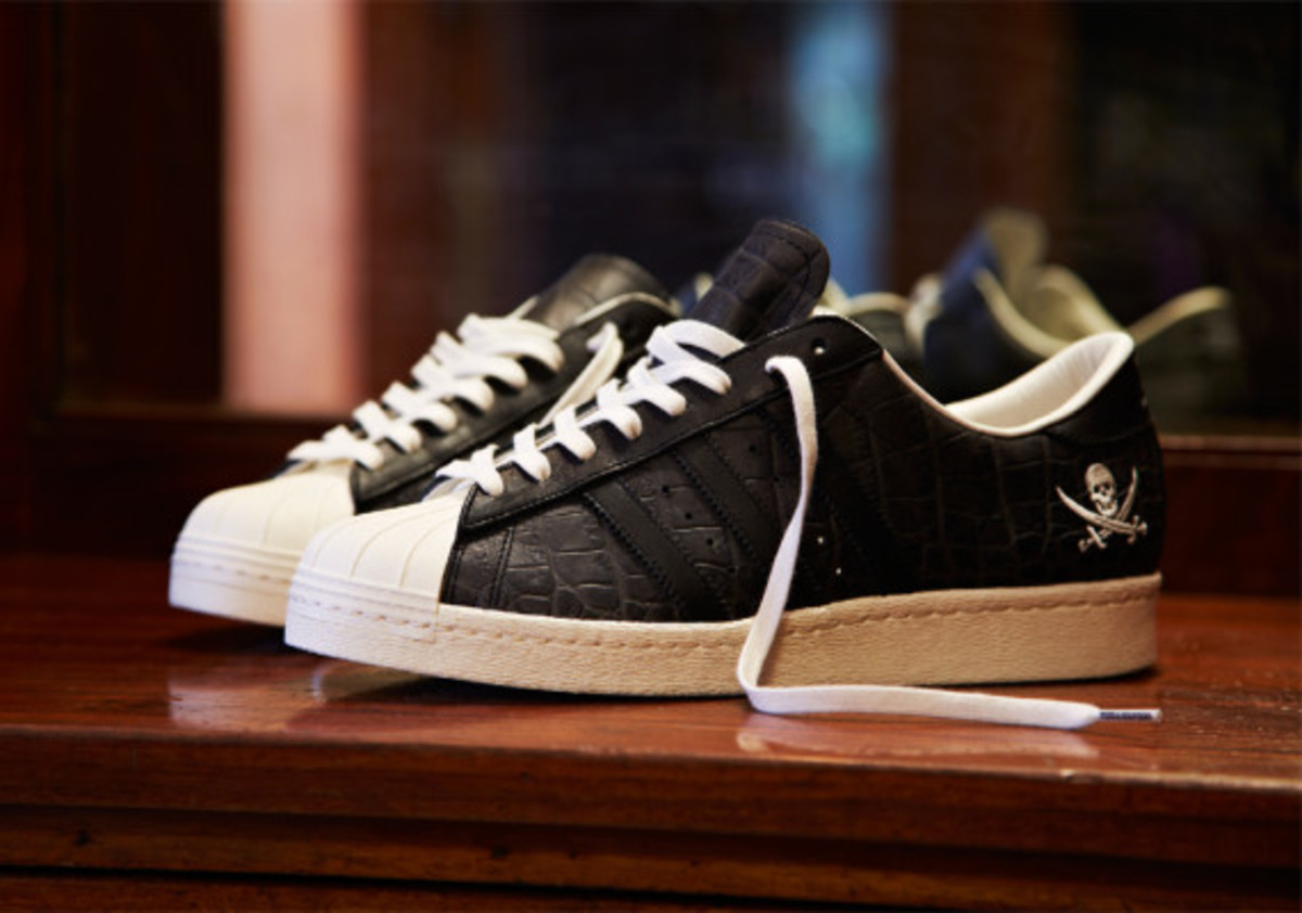 adidas-consortium-superstar-collaborations-with-union-and-neighborhood-02