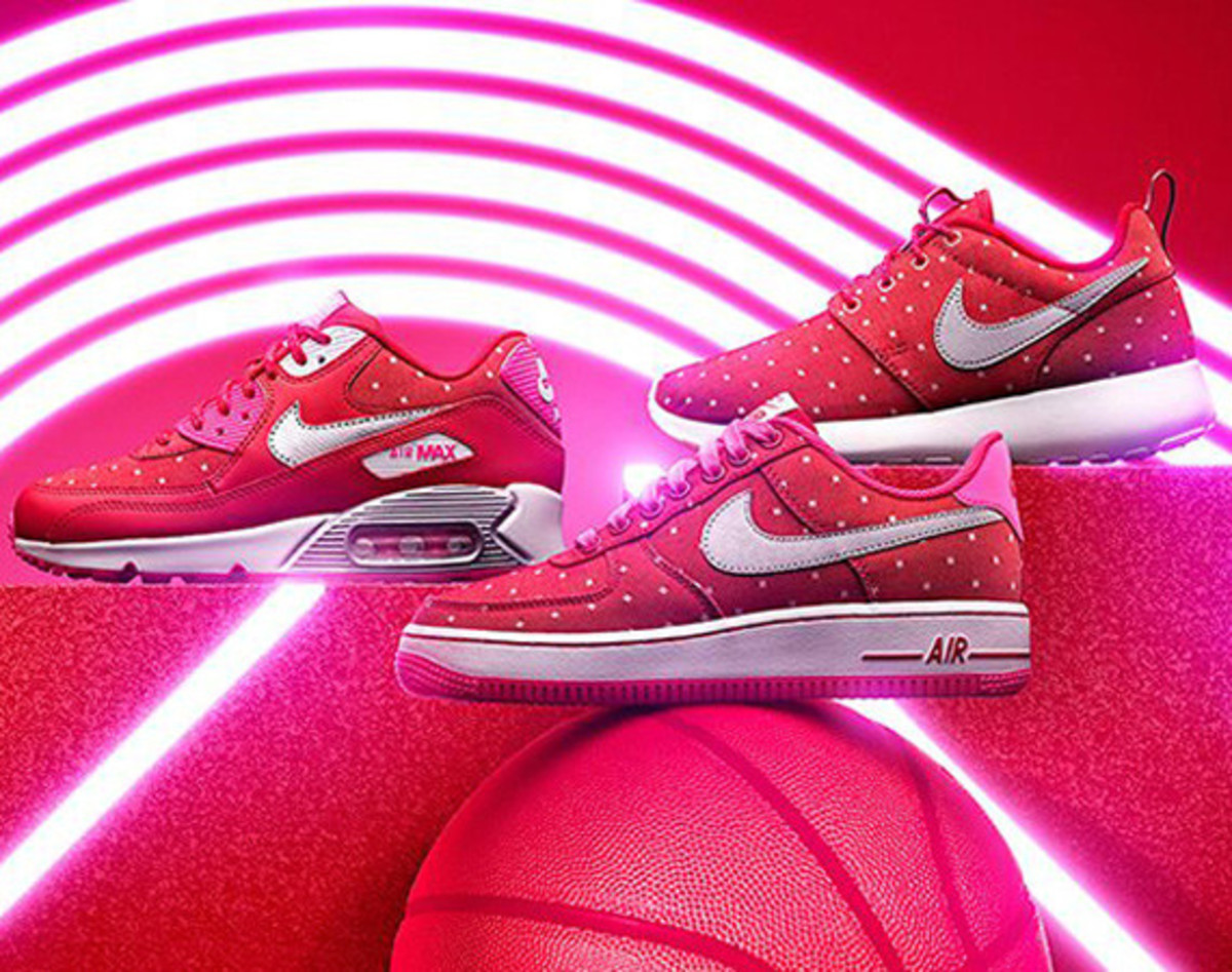 nike-sportswear-valentines-day-pack-00