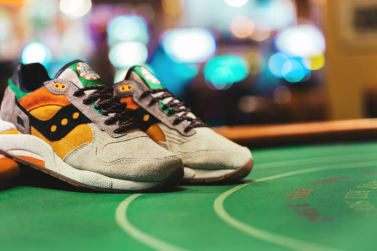 feature-saucony-g9-shadow-5-the-pumpkin-03