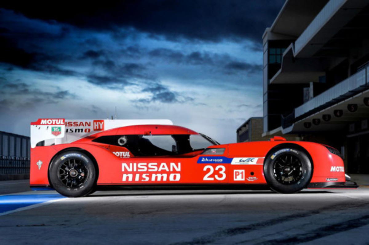 nissan-gt-r-lm-nismo-unveiled-03