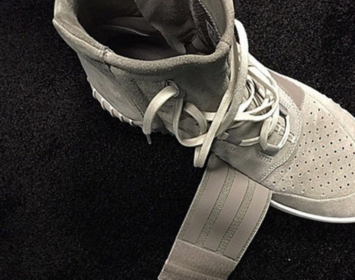 Kanye West x adidas Yeezy 750 Boost - First Look - 0