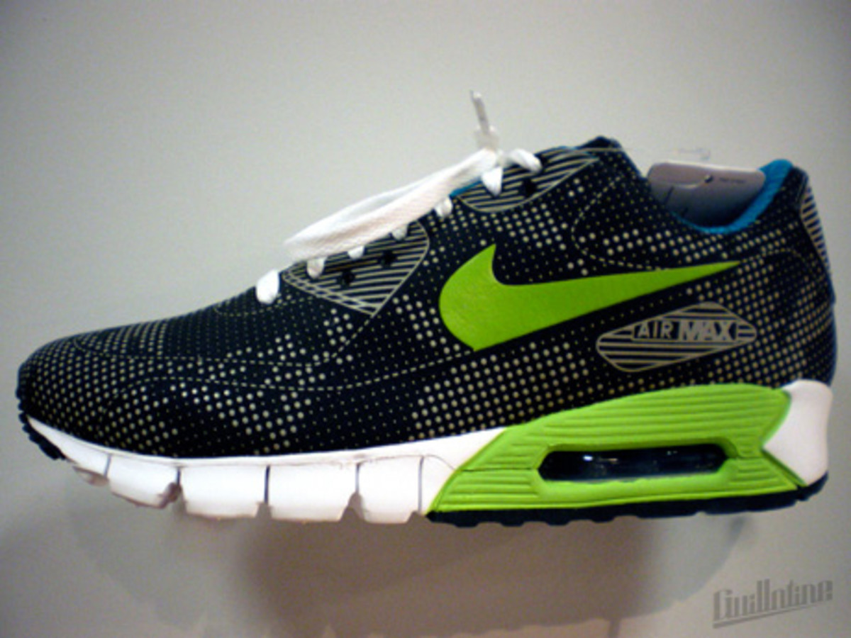 nike_airmax90_currentmoire_green_2