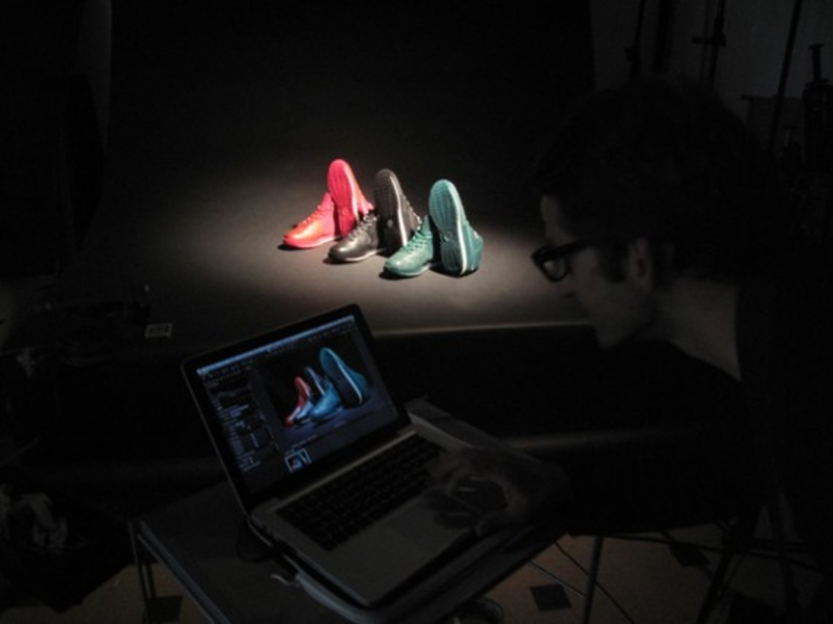 air_max_lebron_vii_artist_series_paris_behind_the_scenes_7