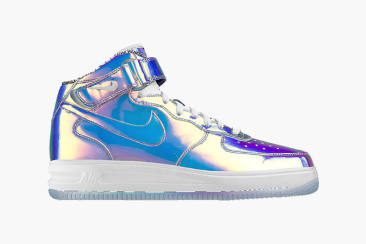 nike-id-air-force-1-iridescent-03